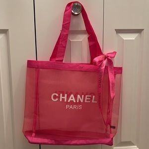 New Chanel VIP Shopping / Beach Tote
